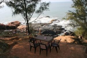 shantidham om beach gokarna india hotel restaurant cafe travel
