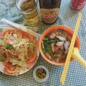 gluttony lane food chinatown kuala lumpur maalaysia
