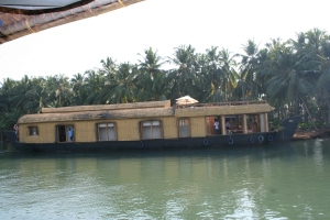 houseboat kerala backwaters india