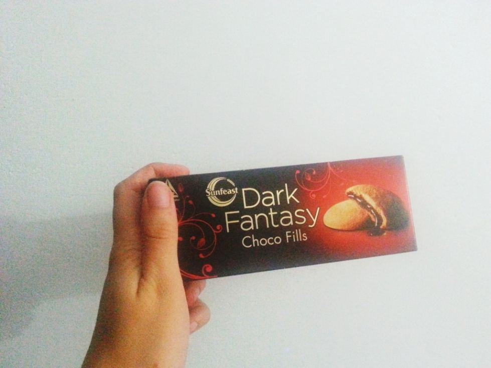 dark fantasy chocolate cookie biscuits india