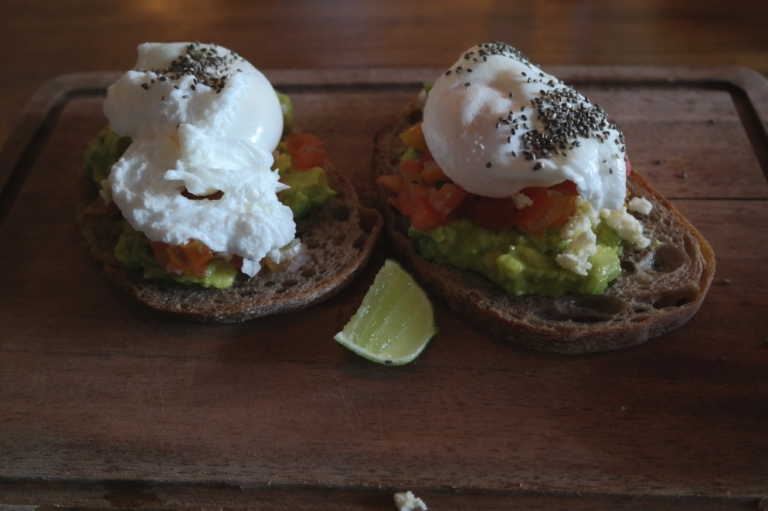 acavado egg sandwich food fat turtle restaurant seminyak bali indonesia