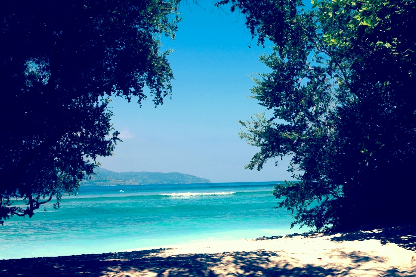 travel gili t island lombok indonesia beach ocean