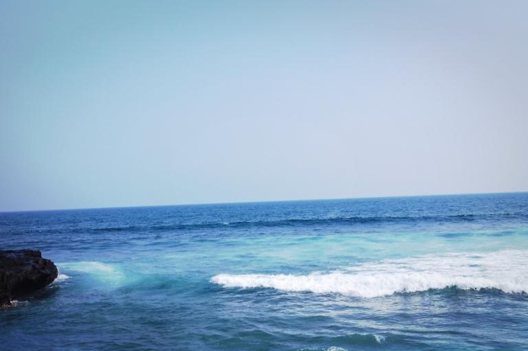 ocean echo beach bali indonesia travel water
