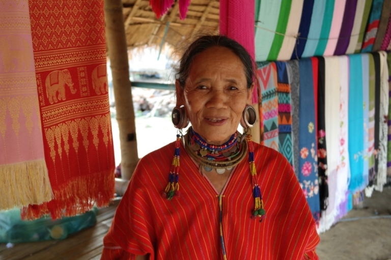 Long Neck Karen Tribal Village thailand
