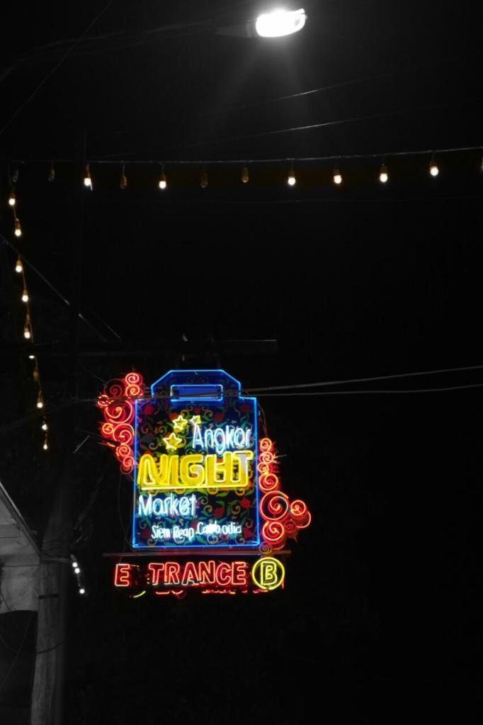 night market siem reap cambodia travel