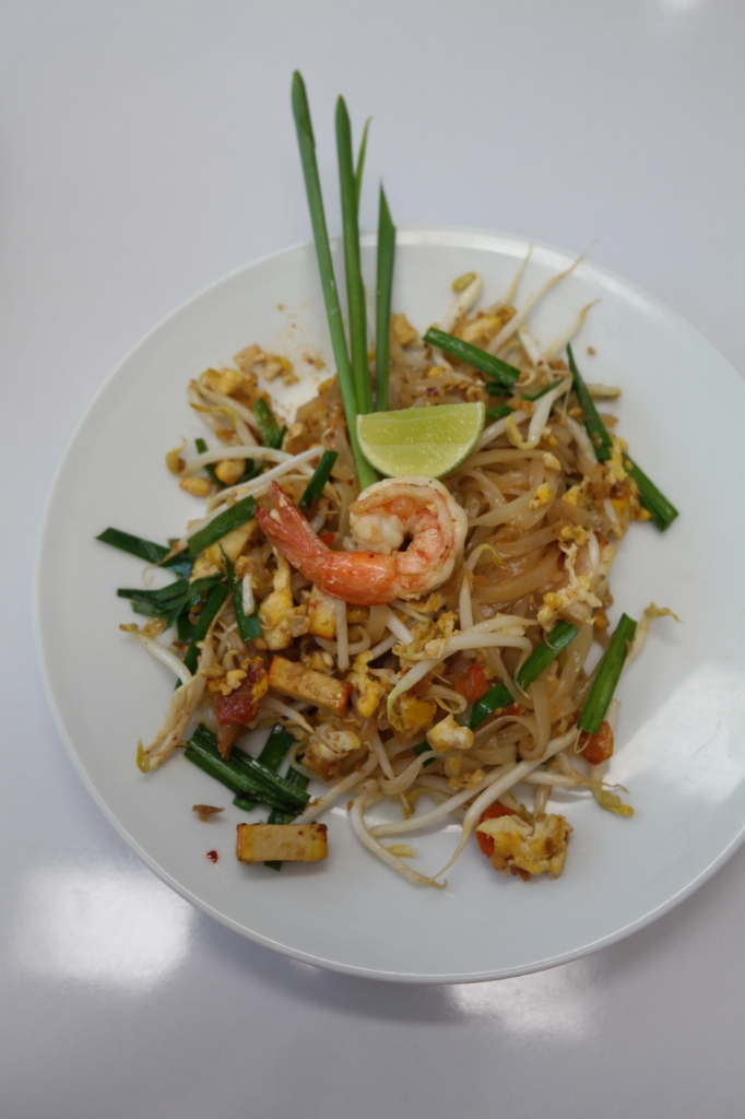 pad thai food